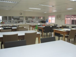 First-English-cafeteria-2