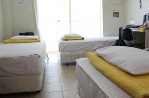 philinter_TRIPLE-BED