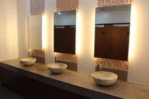 philinter_restroom-11