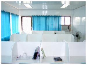 weacademy-study-room-2